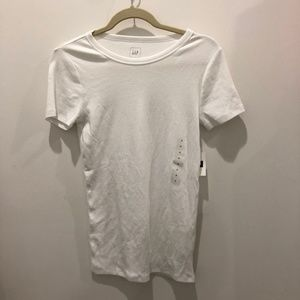 ! NWT ! GAP | Basic White Tee